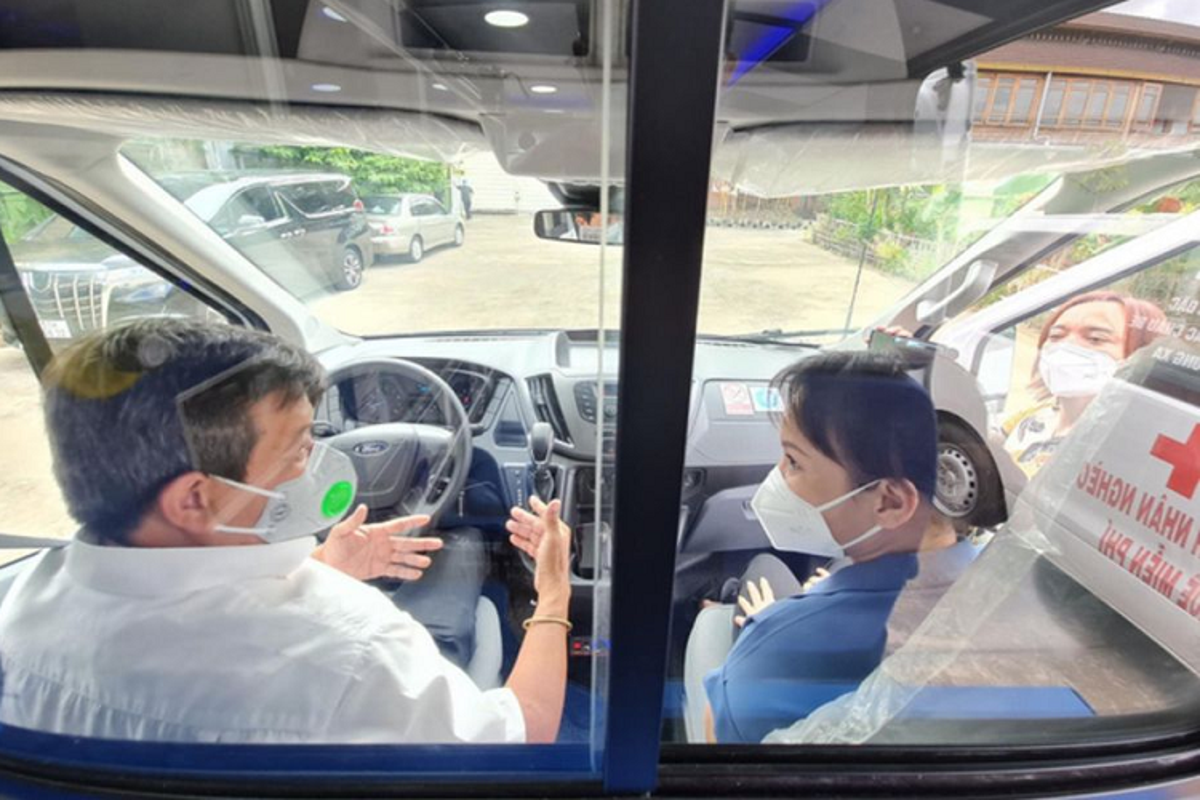 Chi tiet Ford Transit cuu thuong gan 3 ty cua ong Doan Ngoc Hai-Hinh-5