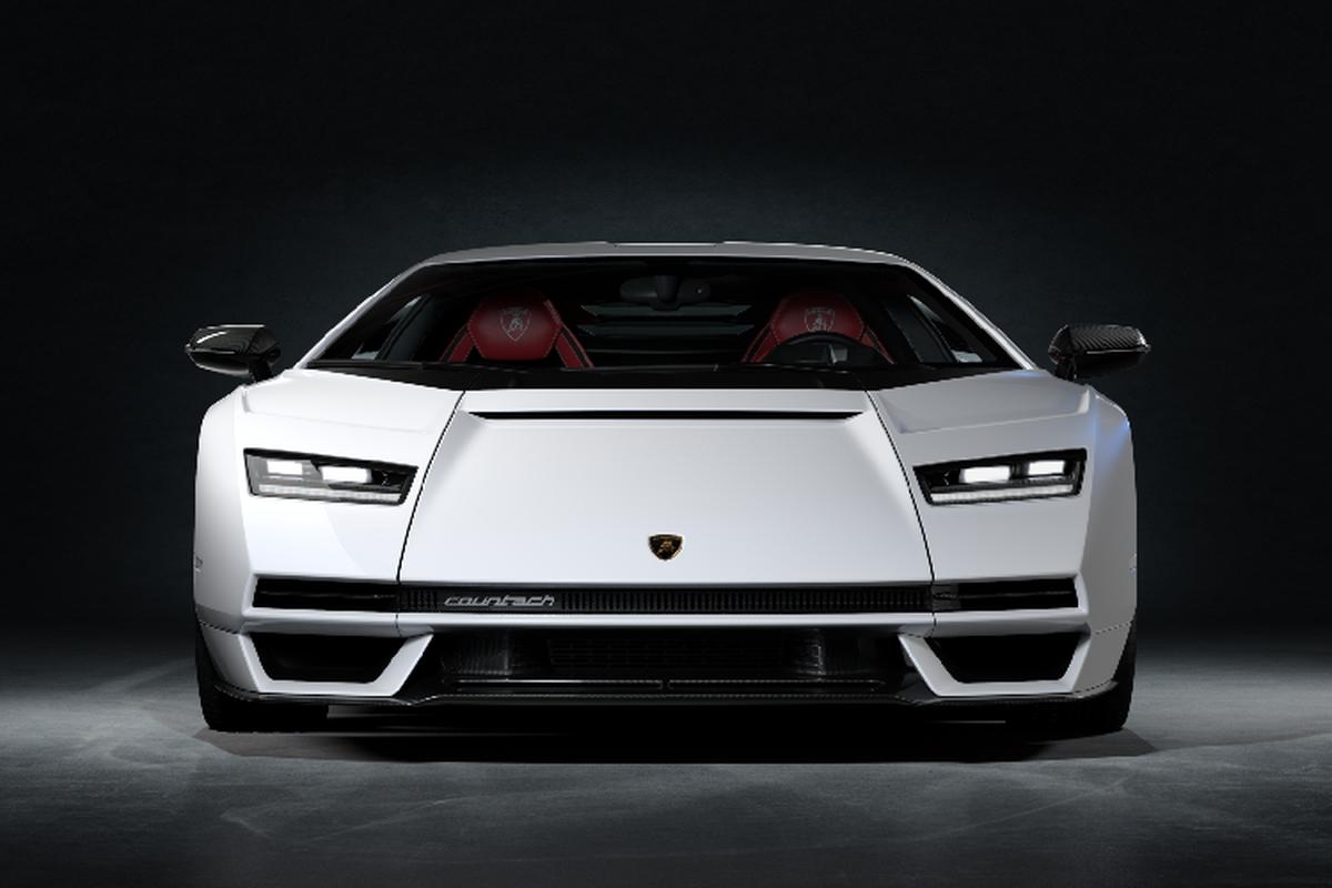 Chi tiet Lamborghini Countach LPI 800-4 2022 tu 79,9 ty dong