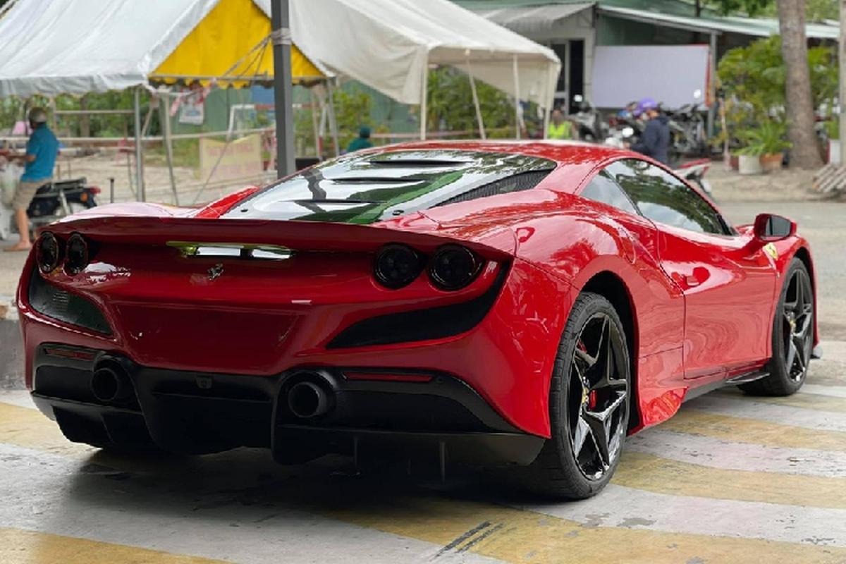 Ferrari F8 Tributo hon 23 ty cua dai gia Vung Tau ve lai Sai Gon-Hinh-10