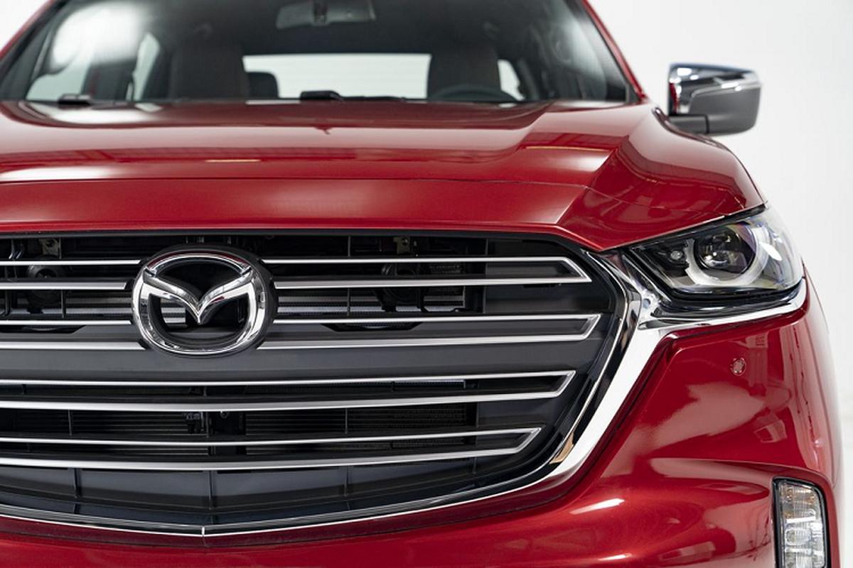 Can canh Mazda BT-50 2021 tai Viet Nam, khoi diem 659 trieu dong-Hinh-4