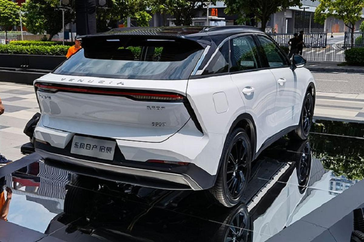 SUV Venucia V-Online cua Trung Quoc