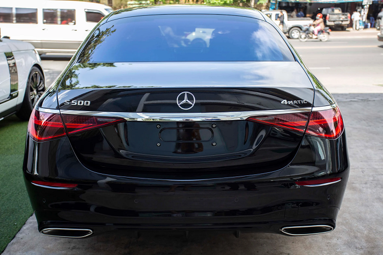 """Can canh Mercedes-Benz S500 2022 toi 7 ty dong, """"sat vach"""" Viet Nam-Hinh-9"""