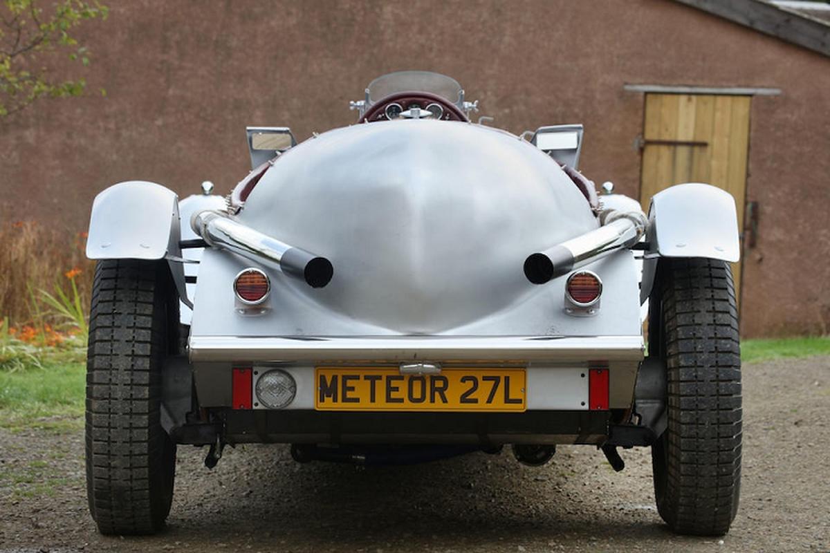 Meteor 27-liter V12 Special bi dong co xe tang, chay 328km/h-Hinh-9