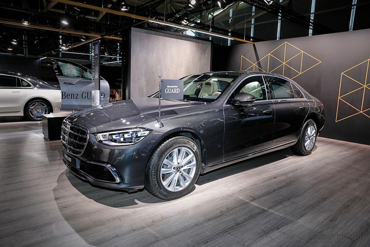 Can canh xe boc thep chong dan Mercedes-Benz S680 Guard 2022