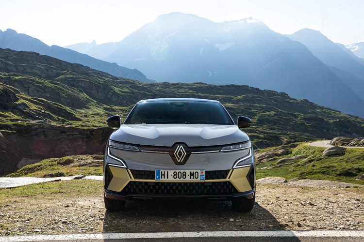 Renault Megane E-Tech 2022 - Crossover chay dien dam ca tinh-Hinh-2