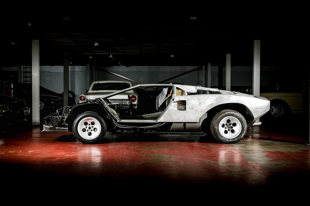 Lamborghini Countach bi thao tung, vut xo 13 nam ban 6 ty dong-Hinh-5
