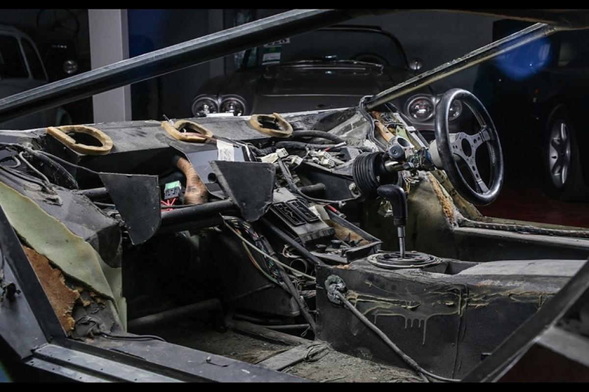 Lamborghini Countach bi thao tung, vut xo 13 nam ban 6 ty dong-Hinh-6