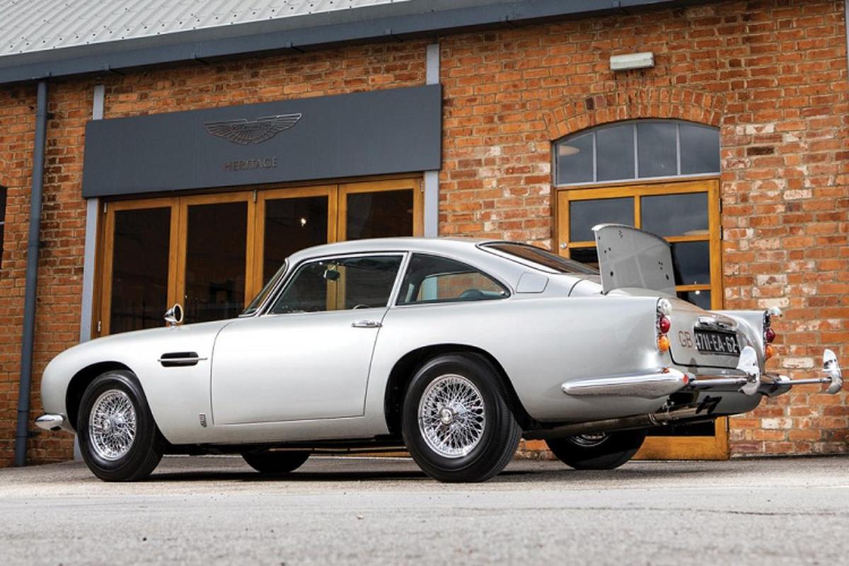 "Aston Martin DB5 ""cua"" James Bond sau 25 nam toi 547 ty dong-Hinh-6"