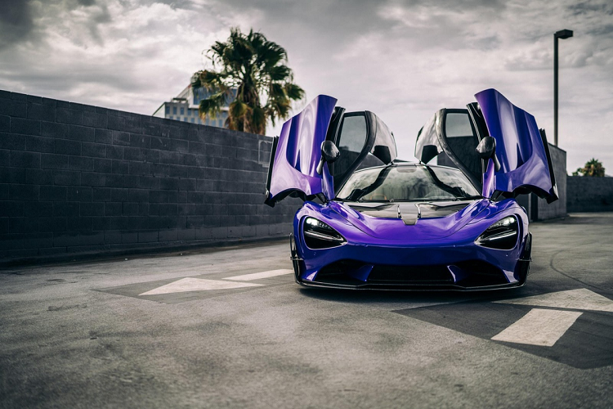 Sieu xe McLaren 720S ban full carbon ban hon 650.000 USD-Hinh-2