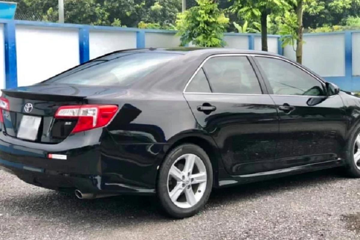 Toyota Camry nhap My chay 9 nam, ban gan 1 ty dong o Ha Noi-Hinh-8