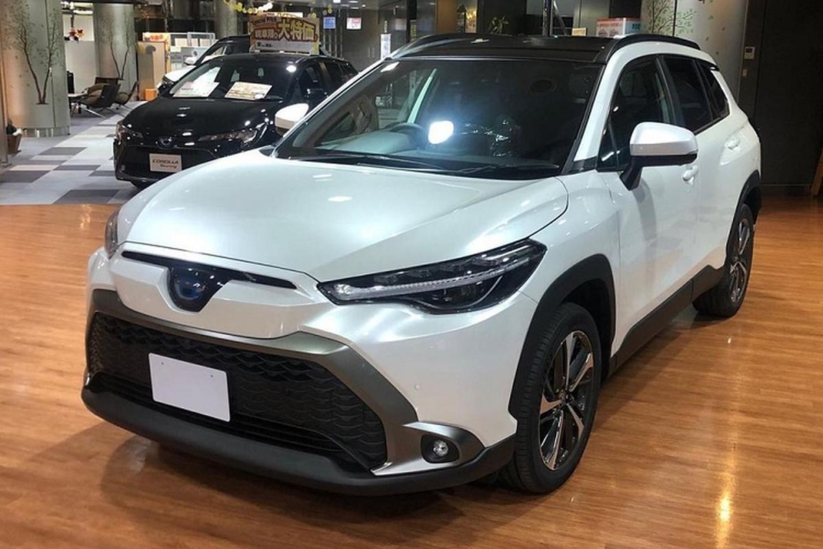 """Toyota Cross 2021 """"bang xuong, bang thit"""" hon 400 trieu dong o Nhat-Hinh-8"""