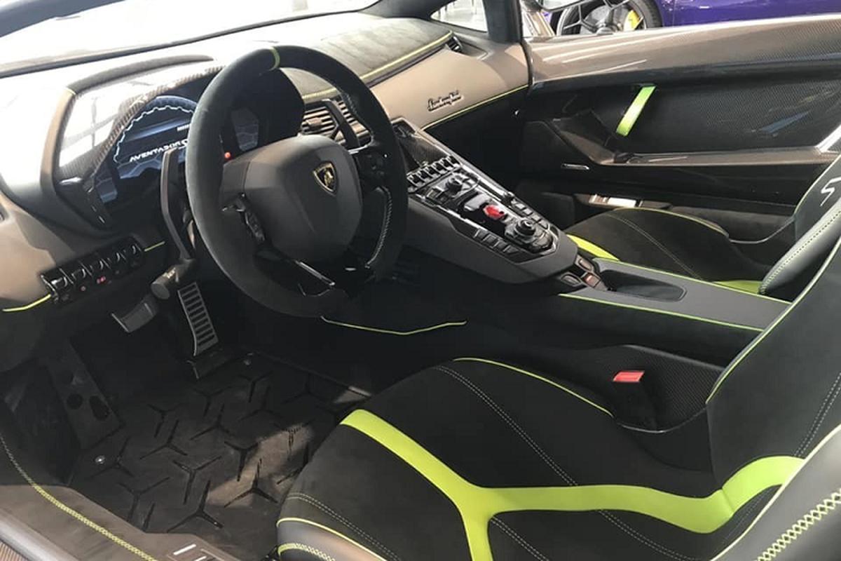 Lamborghini Aventador SVJ hon 50 ty cua dai gia Cu Chi o Ha Noi-Hinh-4