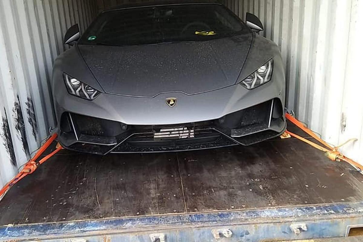 Lamborghini Huracan EVO dau tien ve Viet Nam co mat tai Ha Noi-Hinh-7