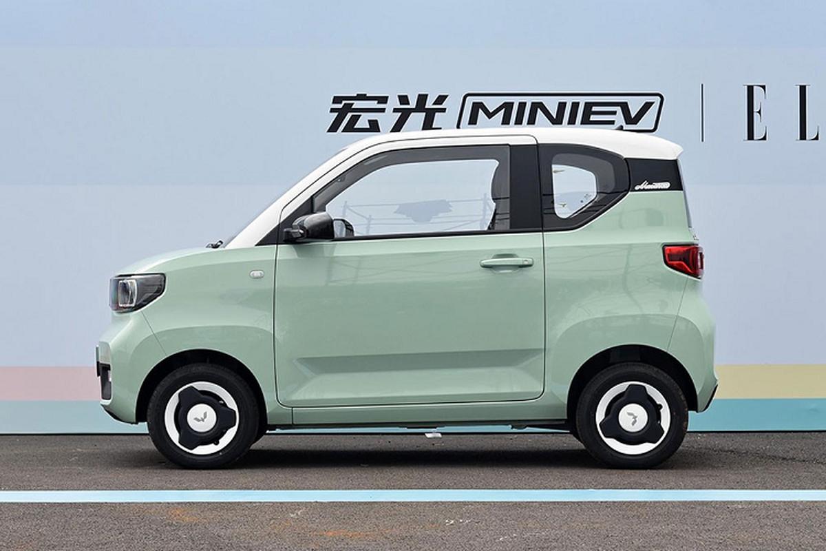 Xe oto gia 100 trieu dong - Wuling Hongguang Mini EV ban chay ky luc-Hinh-10