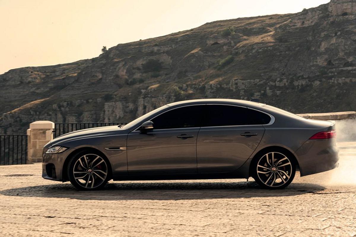 "Jaguar XF lan dau ket hop voi diep vien 007 trong ""No Time To Die'""-Hinh-5"