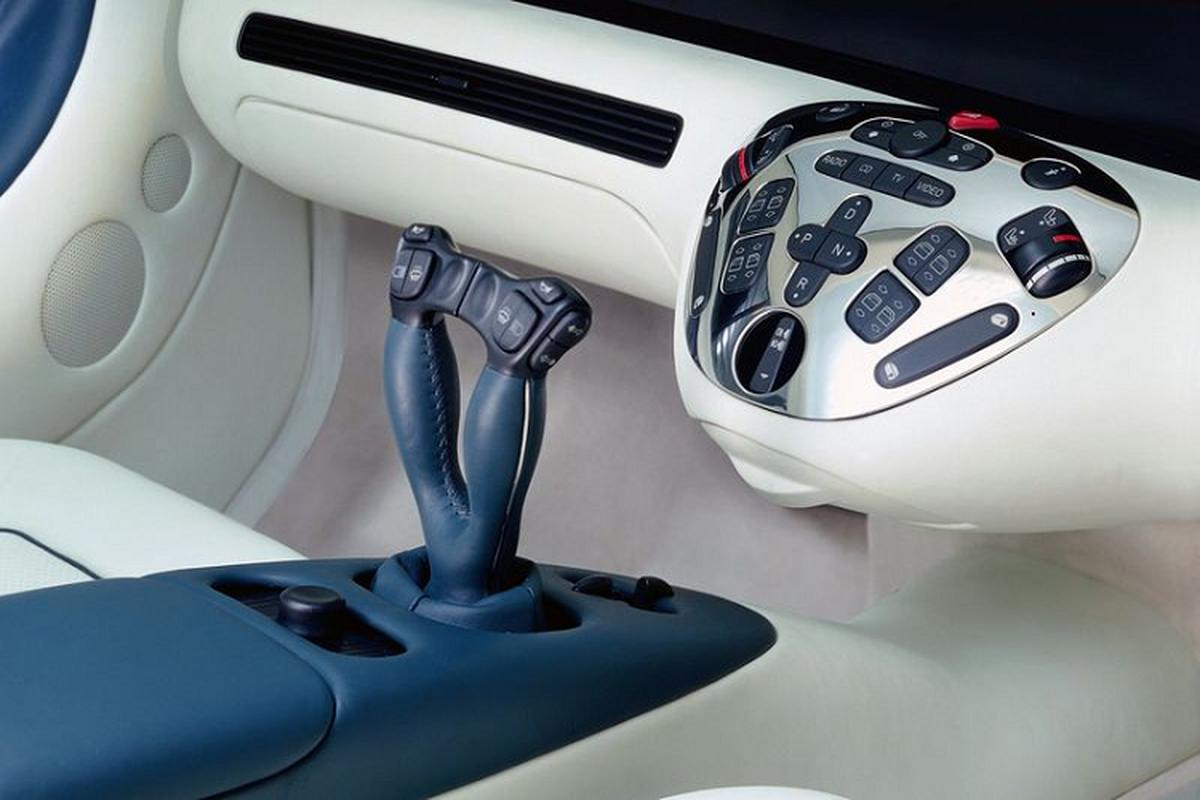 """""""Sieu man hinh"""" Hyperscreen cua Mercedes-Benz da co cach day 25 nam-Hinh-3"""