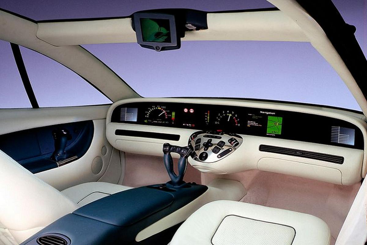 """""""Sieu man hinh"""" Hyperscreen cua Mercedes-Benz da co cach day 25 nam-Hinh-4"""