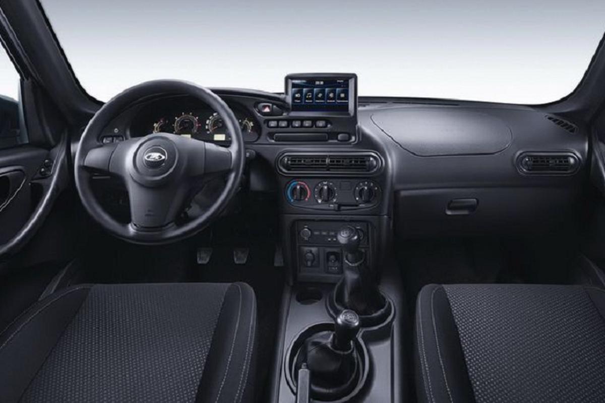 "Lada Niva Travel - SUV ""phong cach"" Toyota RAV4 chi 713 trieu dong-Hinh-5"