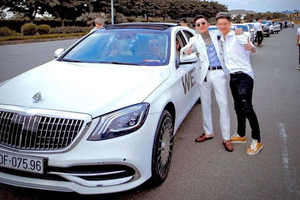 """Chiec xe sang Mercedes-Benz S-Class """"do"""" Maybach cua Hoang Tu Gio-Hinh-2"""