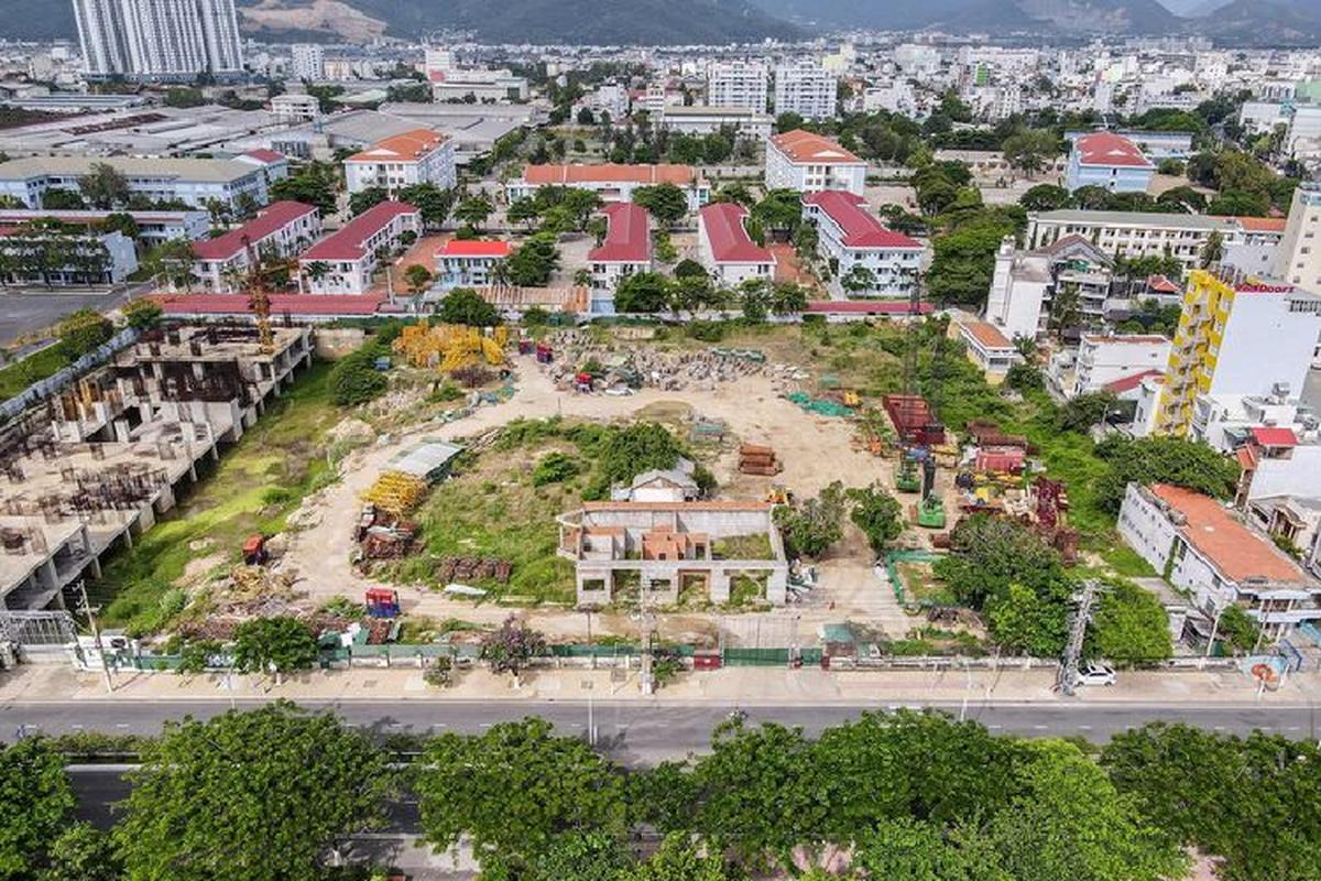 Hang loat khu 'dat vang' bi bo hoang o Nha Trang-Hinh-6
