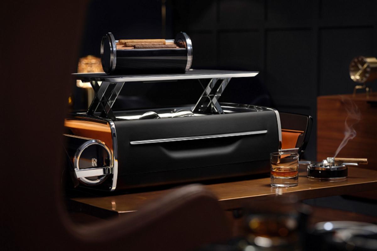 Rolls-Royce Cellarette - ruong dung ruou Whisky va xi ga cuc sang-Hinh-5