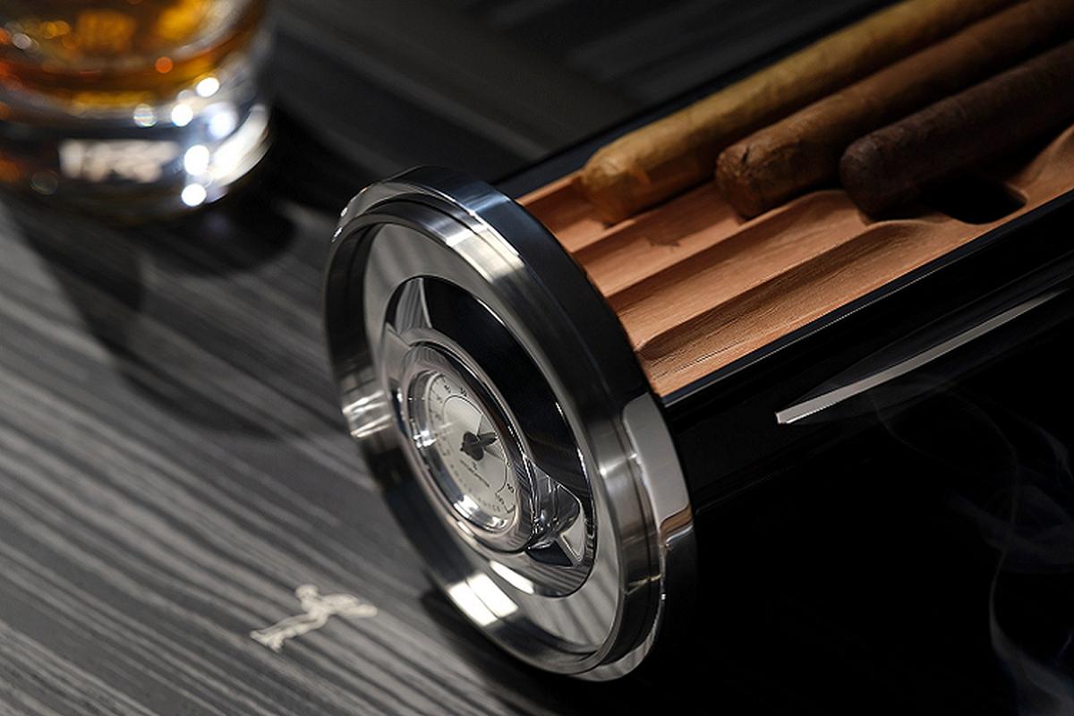 Rolls-Royce Cellarette - ruong dung ruou Whisky va xi ga cuc sang-Hinh-7