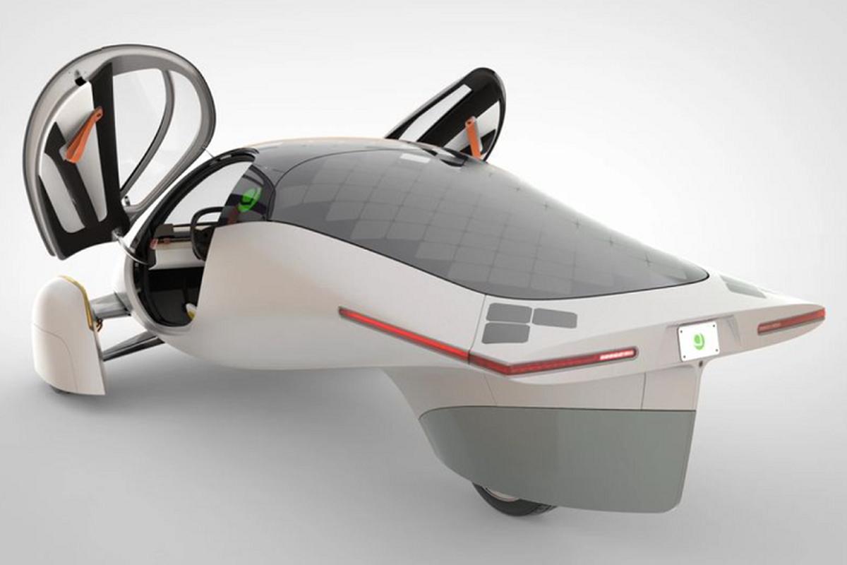 The Solar EV - xe dien chay ca nam sac 1 lan, chi 590 trieu dong-Hinh-4