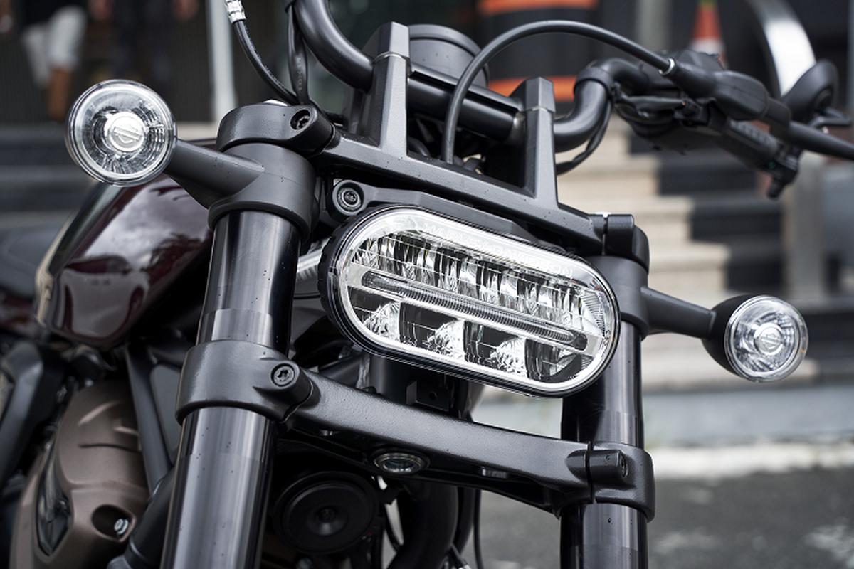Harley Davidson Sporster S moi sap ve Viet Nam, tu 589 trieu dong-Hinh-5