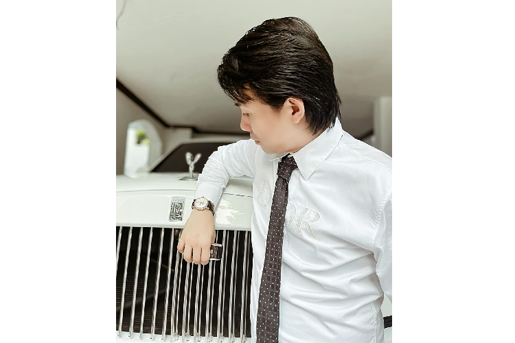 Why is Minh's Rolls-Royce Cullinan more than 40 years old?-Hinh-3