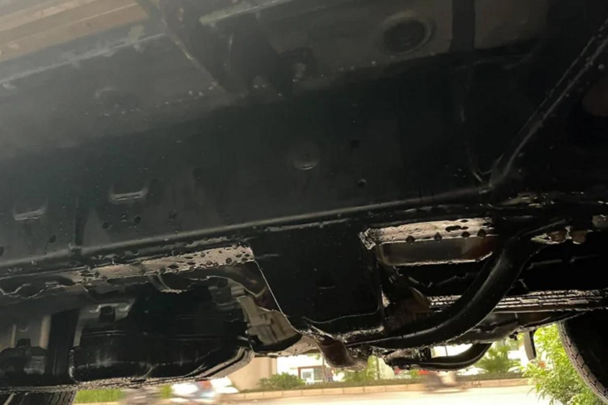 Toyota 4Runner chay 5 nam o Ha Noi, dat ngang Mercedes-Benz GLC-Hinh-7