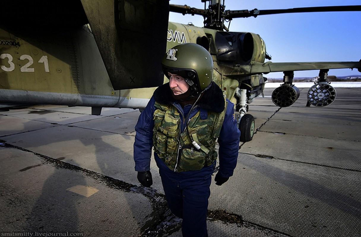 Dot nhap can cu truc thang Ka-52 nam sat Trung Quoc-Hinh-6