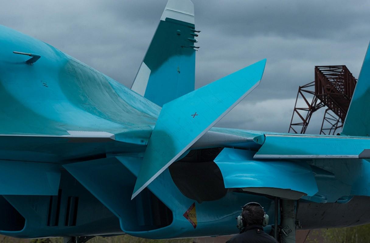 Lai tham noi san xuat may bay Su-34 VN co the mua-Hinh-13
