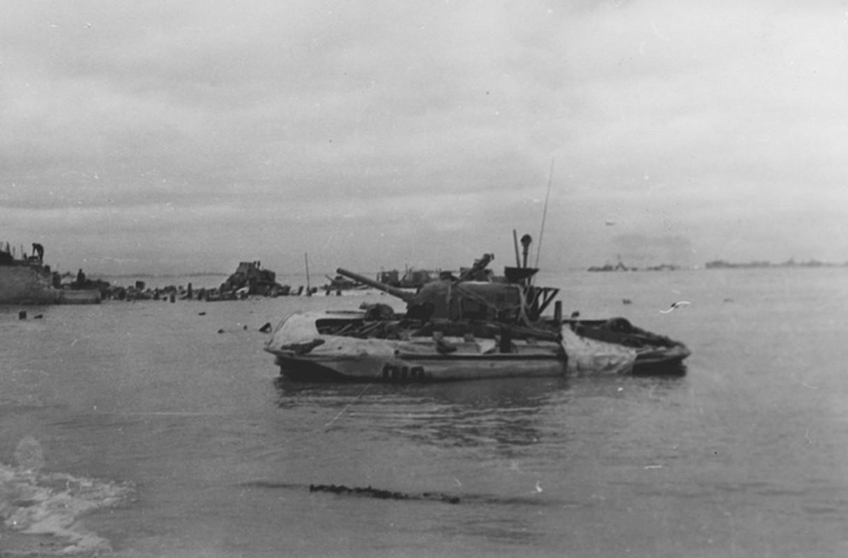 Loat thiet ke xe tang khong tuong giup Dong Minh mo man D-Day-Hinh-14