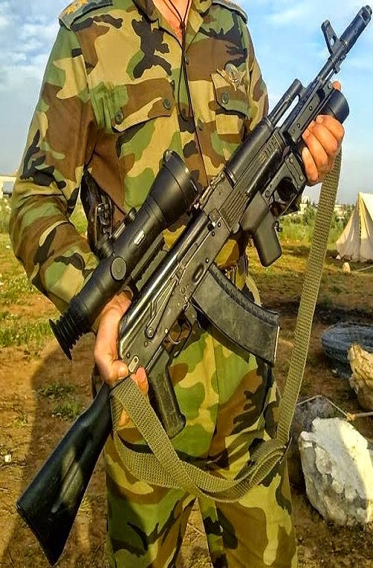 Iran mua khau sung truong AK Nga bai tran o Viet Nam-Hinh-8