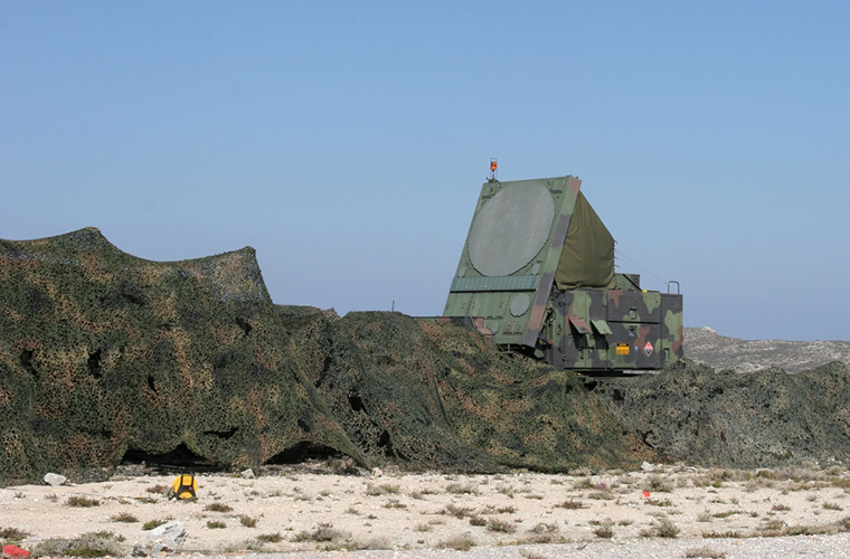 Tham hai: Dung Patriot va F-16, Israel khong ha noi UAV Nga-Hinh-3