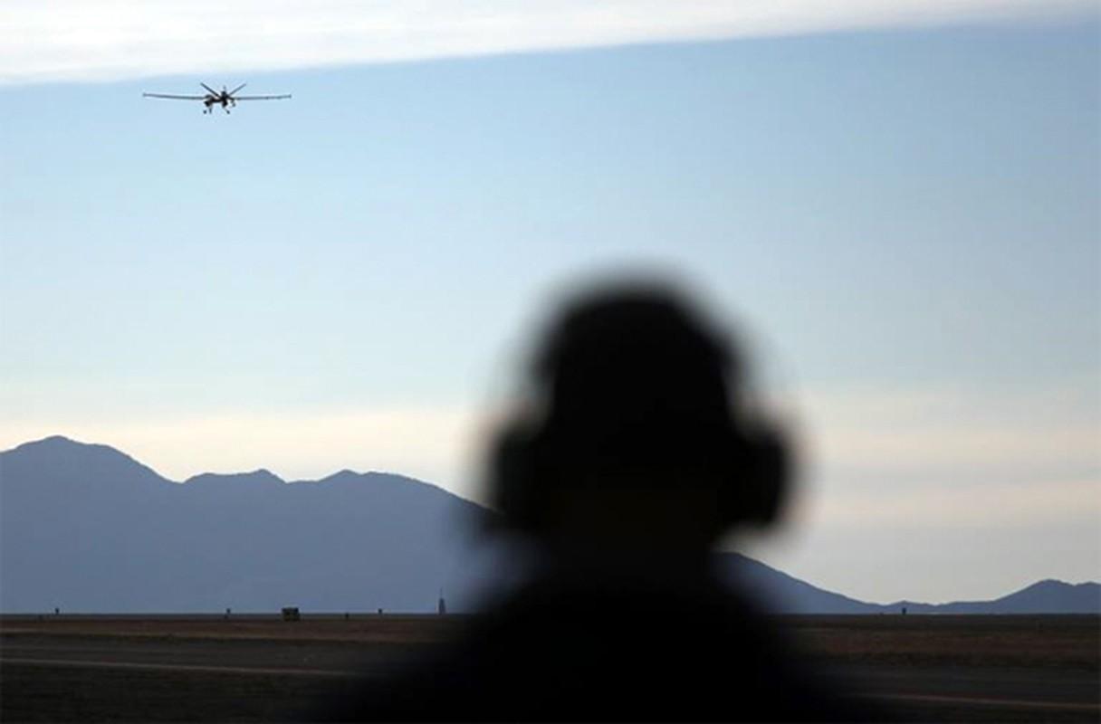 Tham hai: Dung Patriot va F-16, Israel khong ha noi UAV Nga-Hinh-6