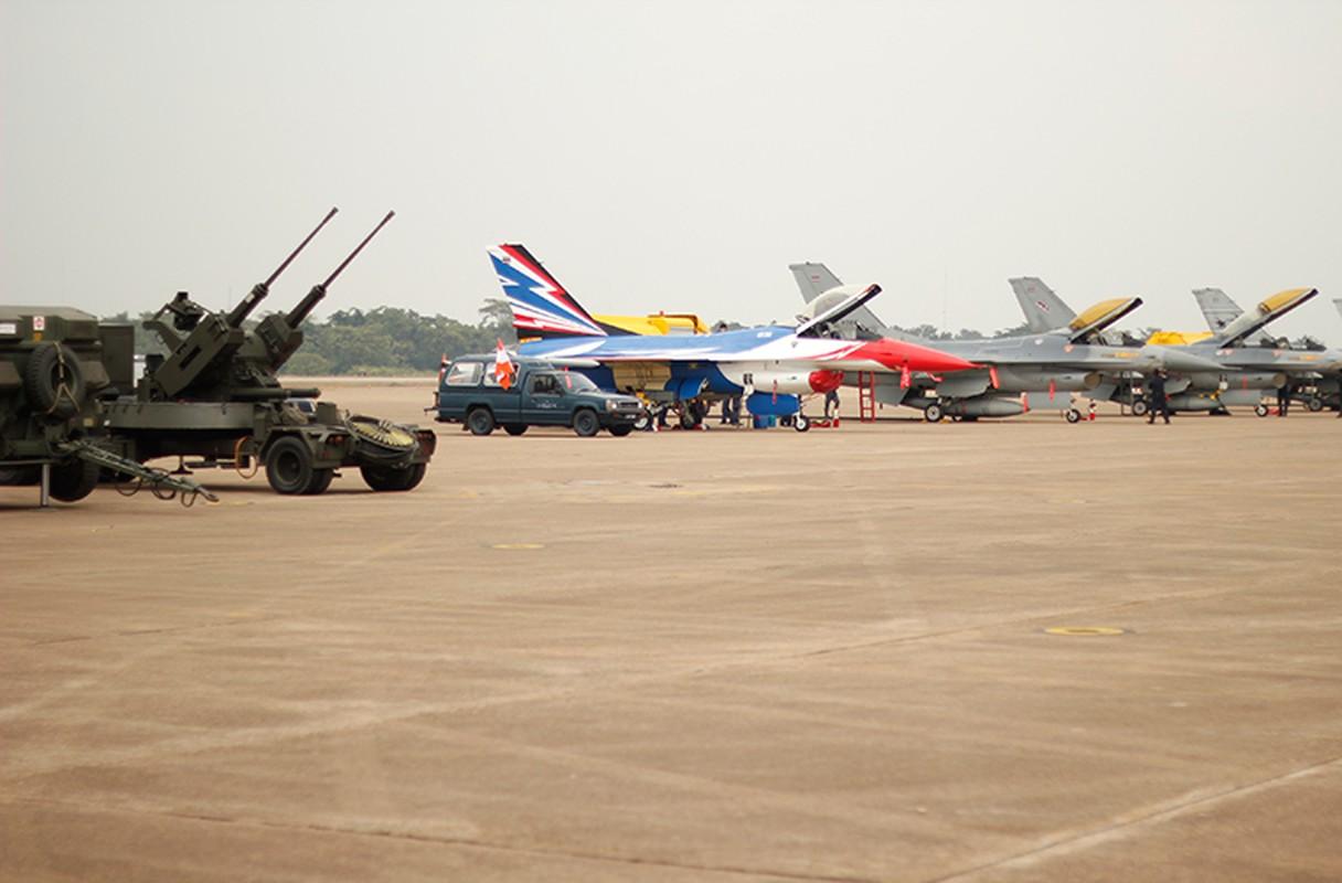 Lo dien tiem kich F-16 nang cap cua KQ Thai Lan-Hinh-8