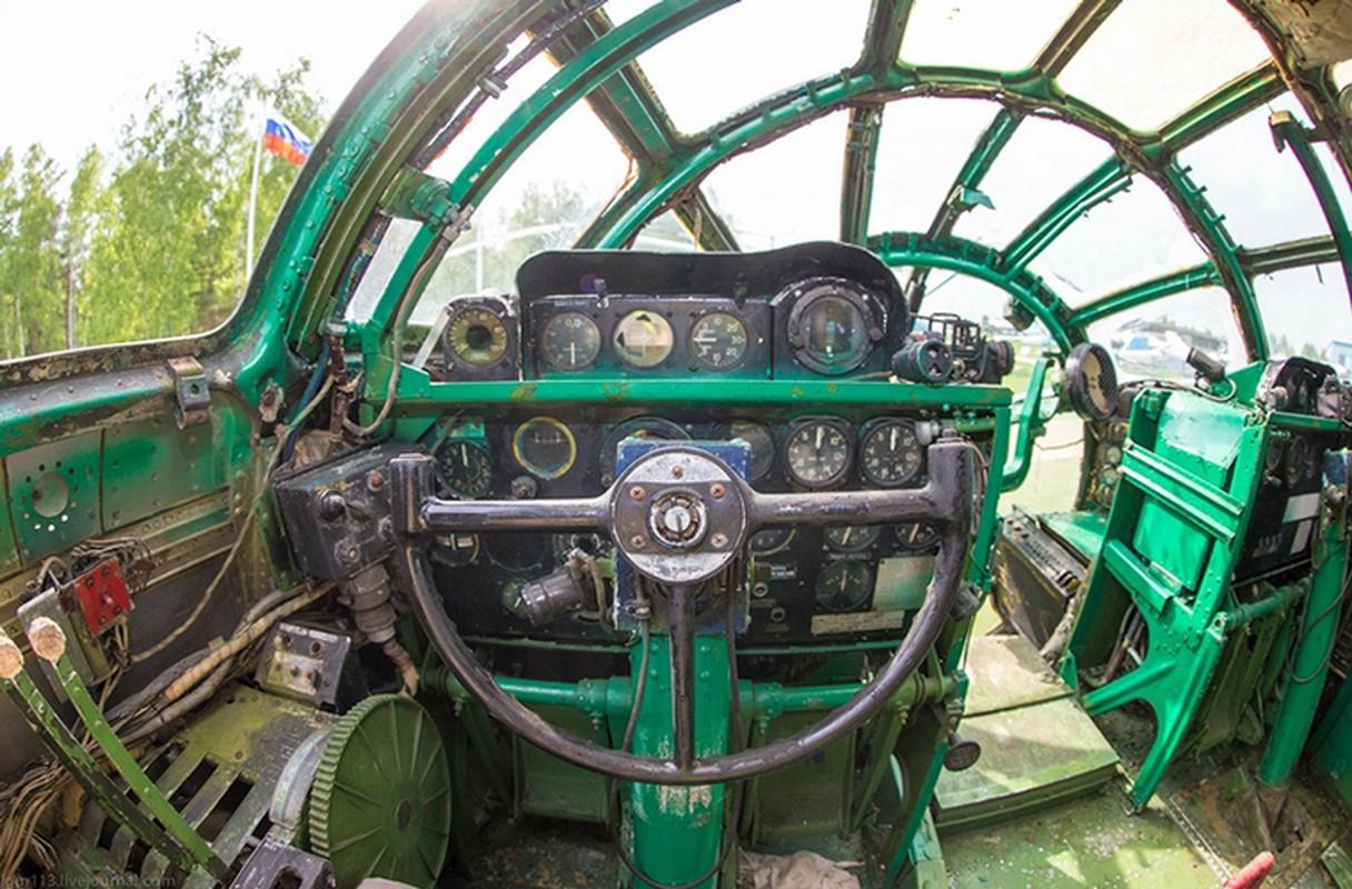 Soi noi that may bay nem bom Tu-4 cuoi cung cua Nga-Hinh-5