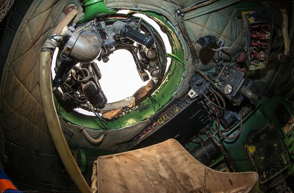 Soi noi that may bay nem bom Tu-4 cuoi cung cua Nga-Hinh-8