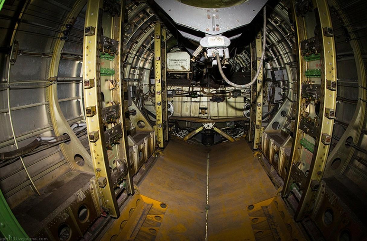 Soi noi that may bay nem bom Tu-4 cuoi cung cua Nga-Hinh-9