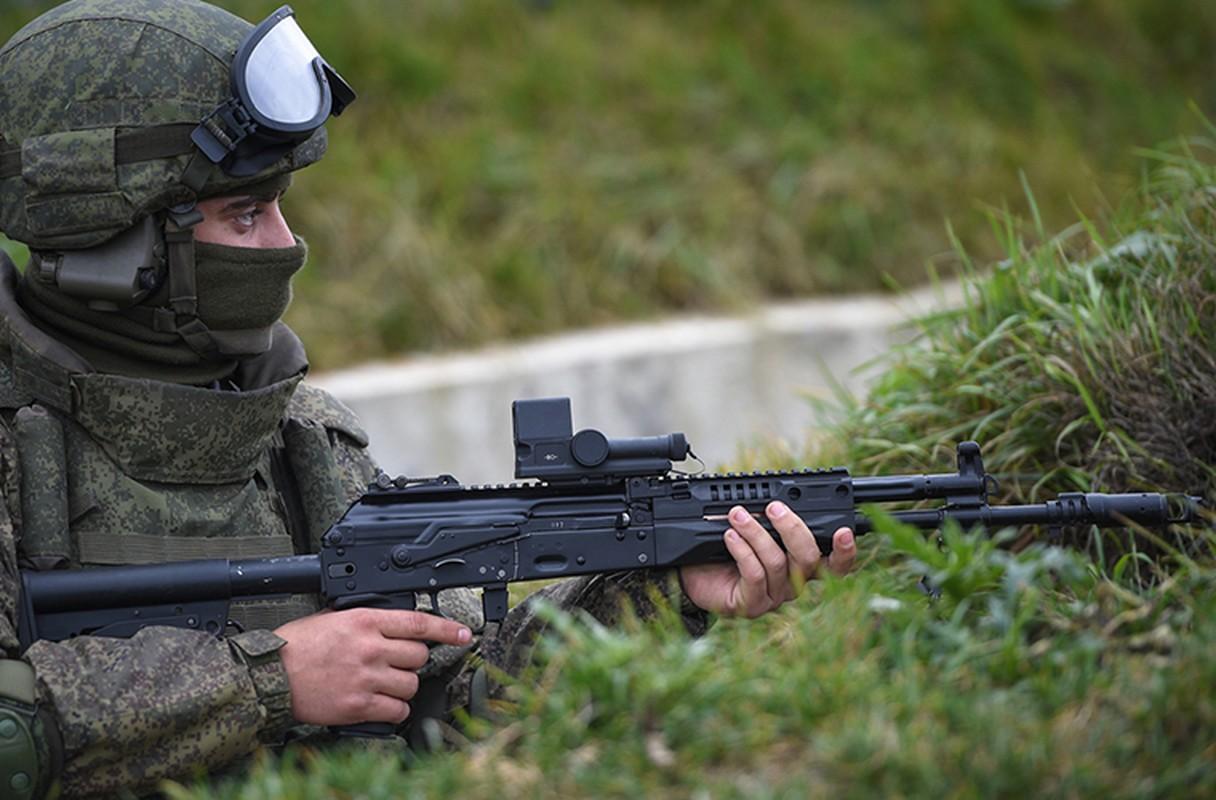 Sung truong AK-12 va A-545: Ai se duoc Quan doi Nga chon?-Hinh-8