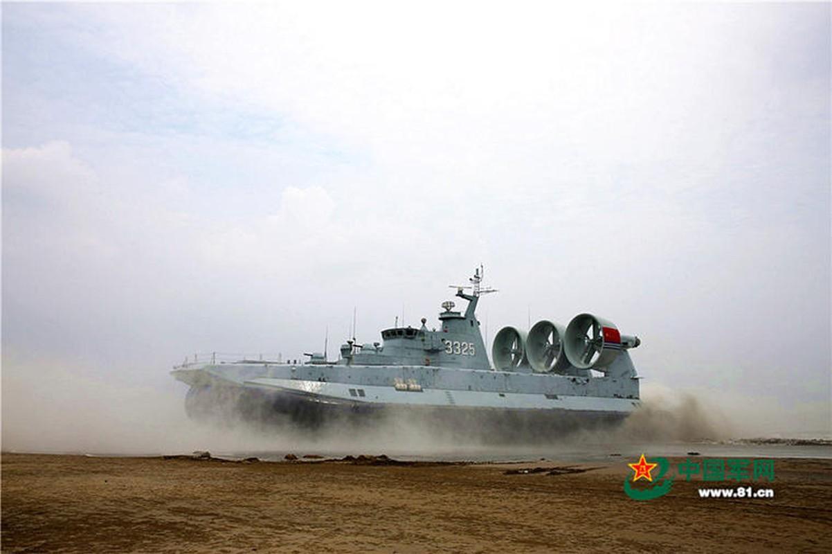 Anh: Tau do bo Trung Quoc tap tran lon tai Bien Dong-Hinh-6