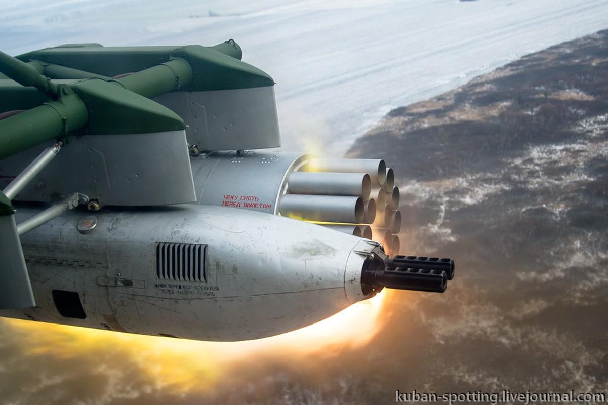 Dang so canh truc thang Nga phun mua dan phao, rocket-Hinh-7