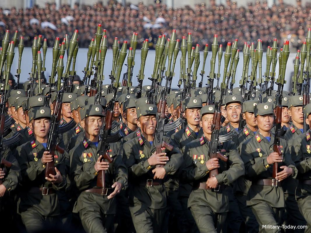 """Bat ngo """"gay soc"""": Sung AK Trieu Tien xuat hien o Syria-Hinh-5"""