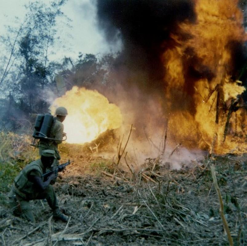Kinh ngac loat vu khi thoi CTTG 2 My dem sang Viet Nam-Hinh-16