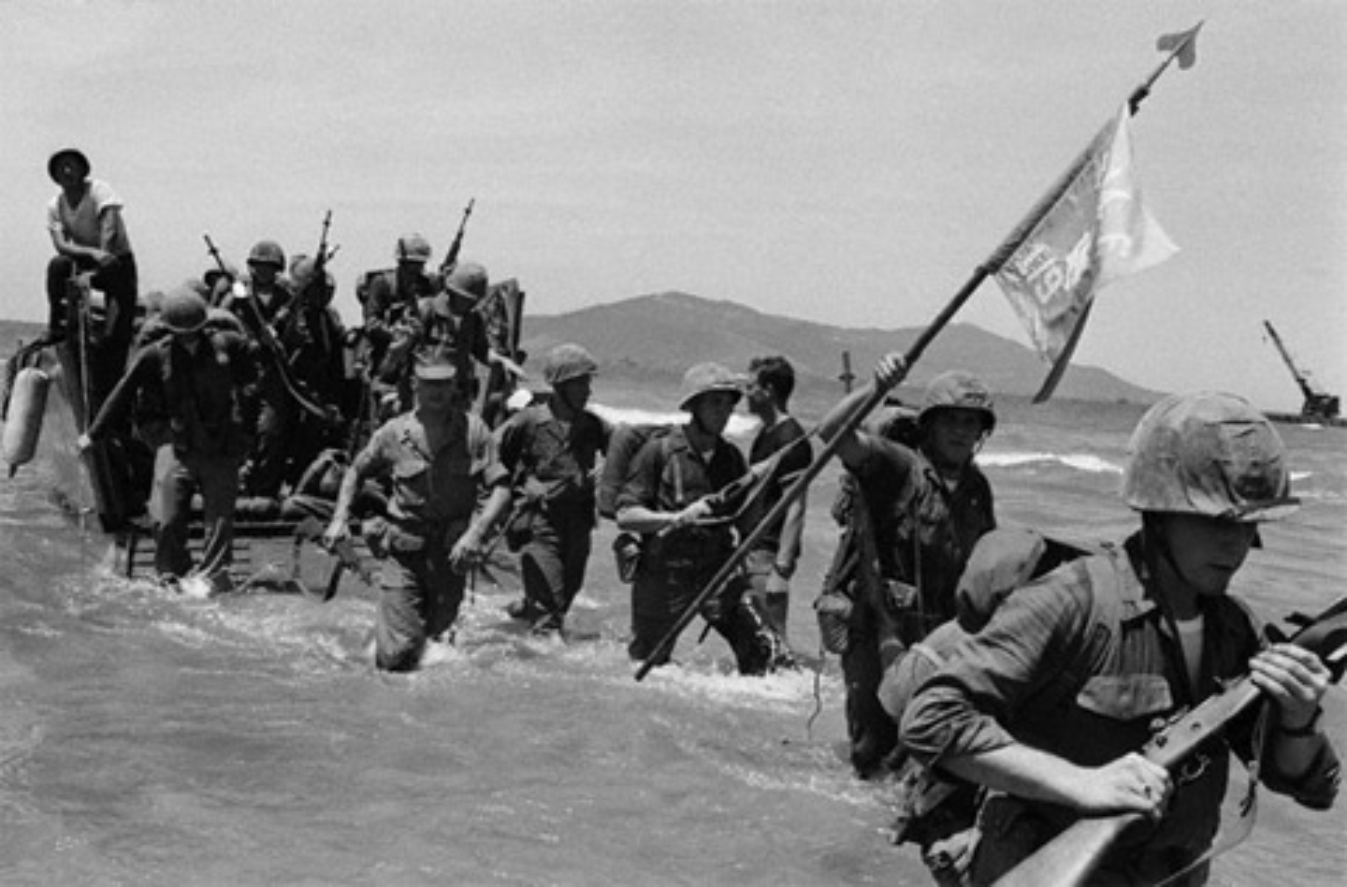 Kinh ngac loat vu khi thoi CTTG 2 My dem sang Viet Nam-Hinh-4