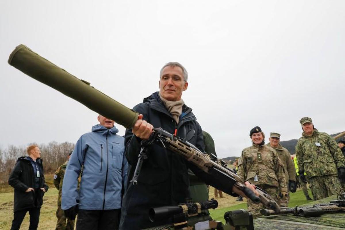 Nhung hinh anh an tuong ve cuoc tap tran lon nhat 20 nam cua NATO-Hinh-15