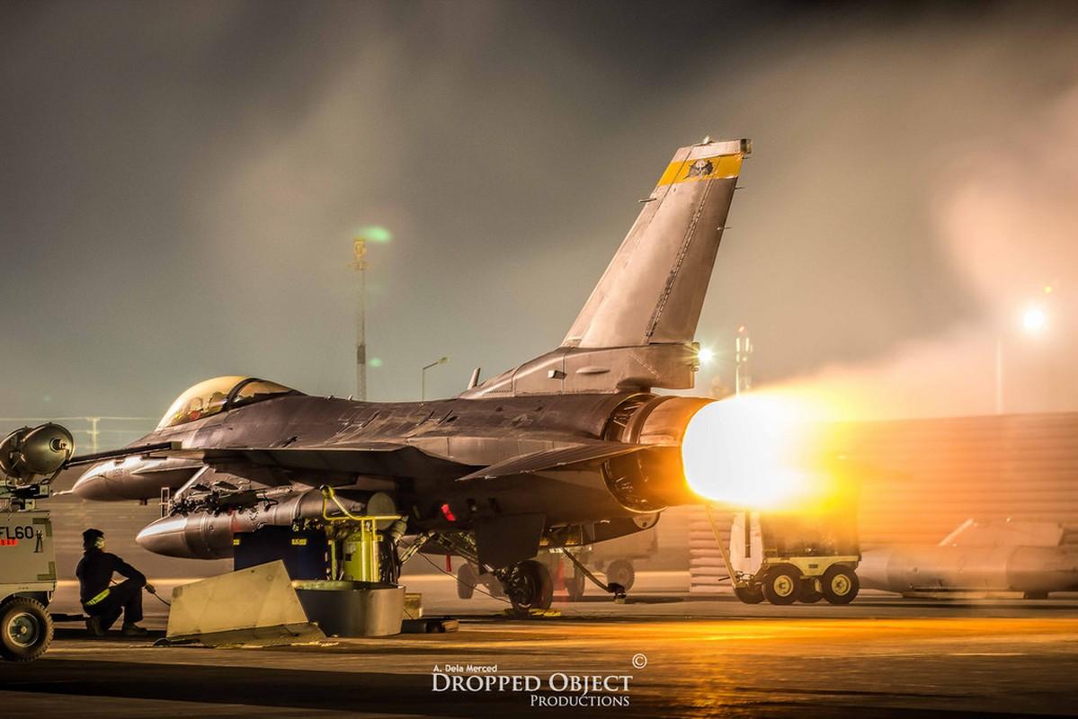 Ngo ngang dien mao sieu tiem kich F-21 My dang rao ban-Hinh-8