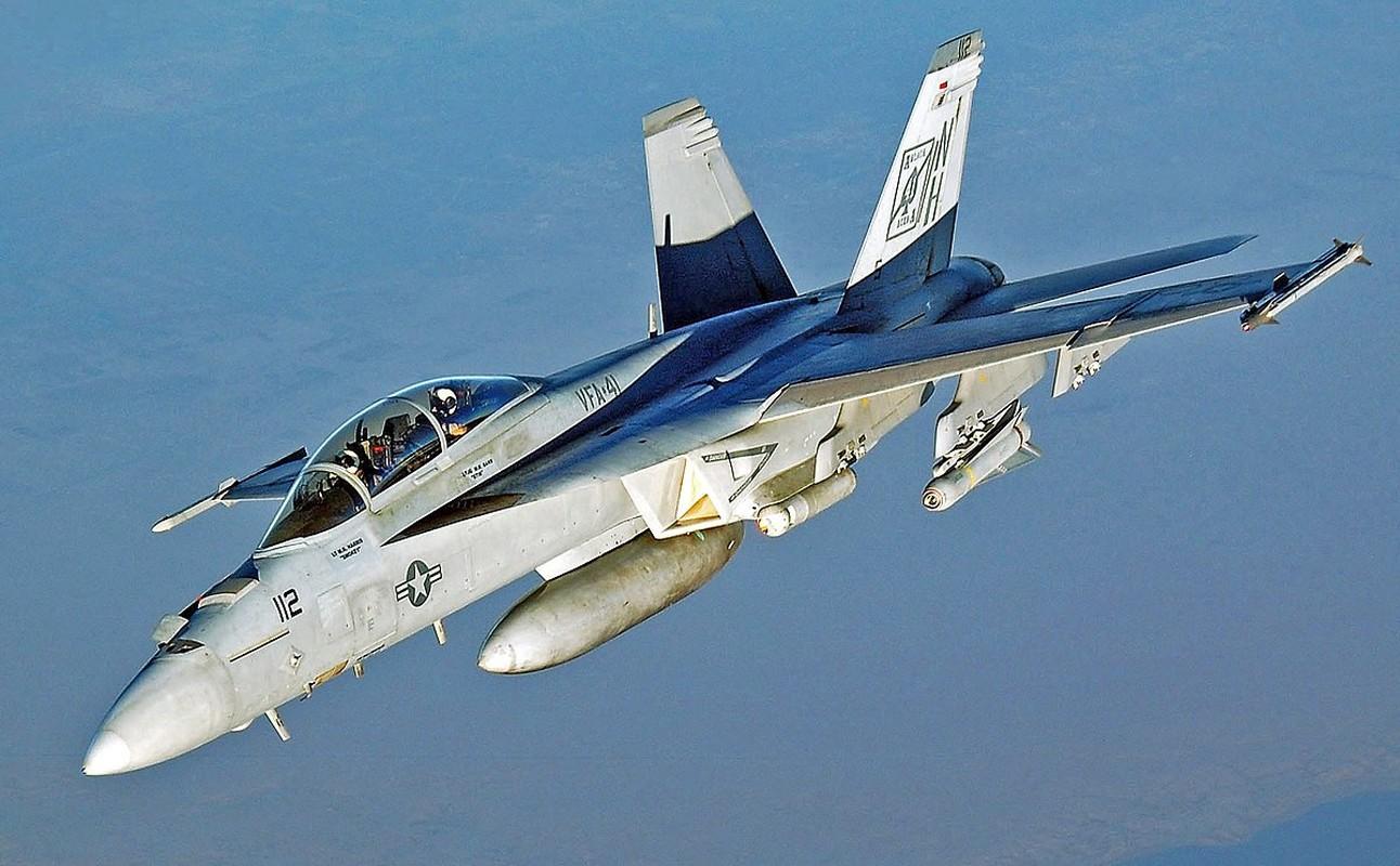 Hai quan My quyet noi khong voi F-35C, mua moi 78 F/A-18
