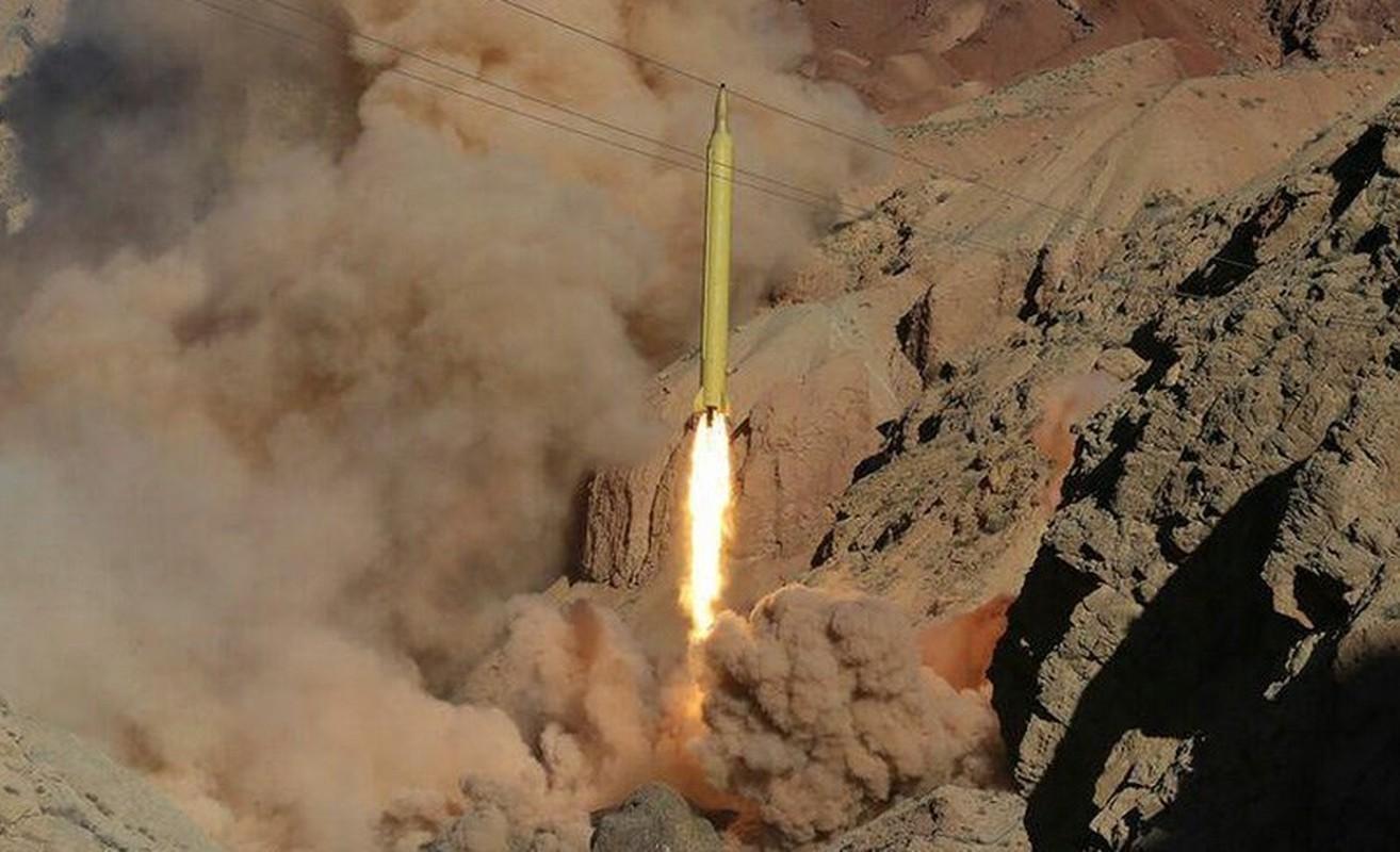 """Tuyen bo tan cong can cu My o Trung Dong, IRGC Iran co """"ao tuong""""?-Hinh-10"""